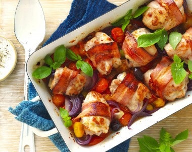 Baked Chicken Thighs with bacon recipe