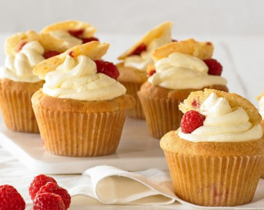 Easy Raspberry Cupcakes recipe