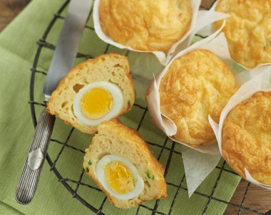 Cheese and Egg Muffins