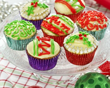 Christmas Bauble Cup Cakes Recipe