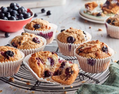Lemon and Blueberry Ricotta Cupcakes