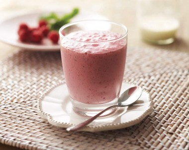 Minted Raspberry, Vanilla Bean and Farmdale Light Milk Smoothie