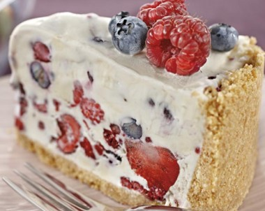 Berry Ice Cream Cheesecake