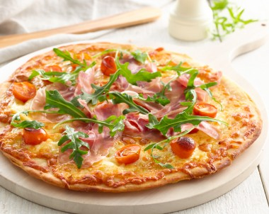 Prosciutto and Roasted Tomato Pizza