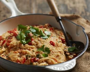 Tomato, chilli and capsicum quinoa