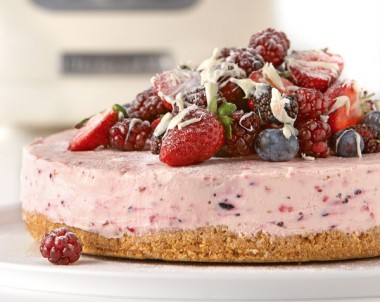 White Chocolate and Berry Cheese Cake