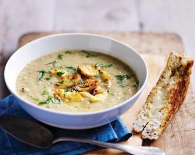 Healthy Mushroom Cauliflower Soup recipe