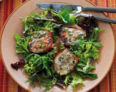 Grilled Tomatoes with Blue Cheese