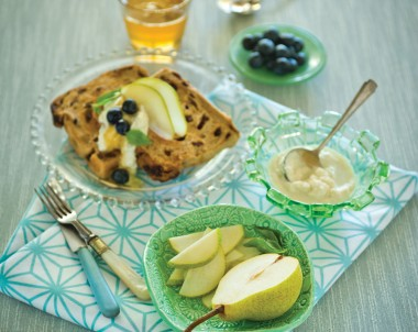 Raisin Toast Spread with Spiced Ricotta, Pears and Blueberries