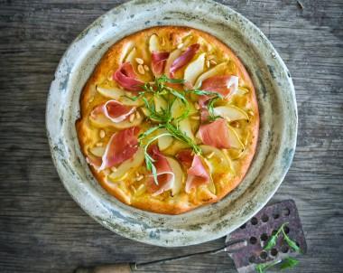 Pear and Prosciutto Pizza