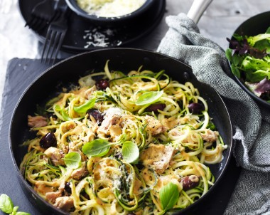Sundried Tomato, Tuna and Olive Zucchini Noodles