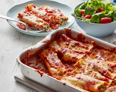 Easy spinach and ricotta cannelloni recipe