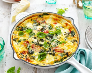 Frittata Caprese with spinach, tomato and ricotta