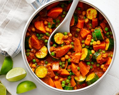 Vegetarian curry with Butter chicken style sauce