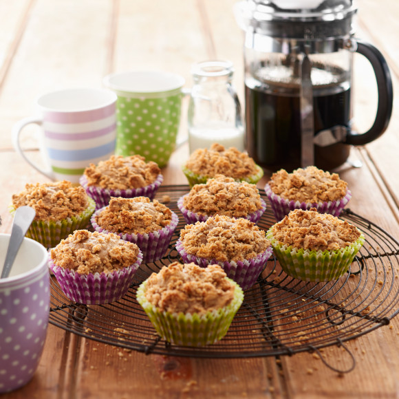 Banana Muffins with Almond Crumble