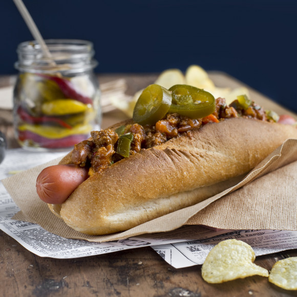 American-Style Chilli Dogs