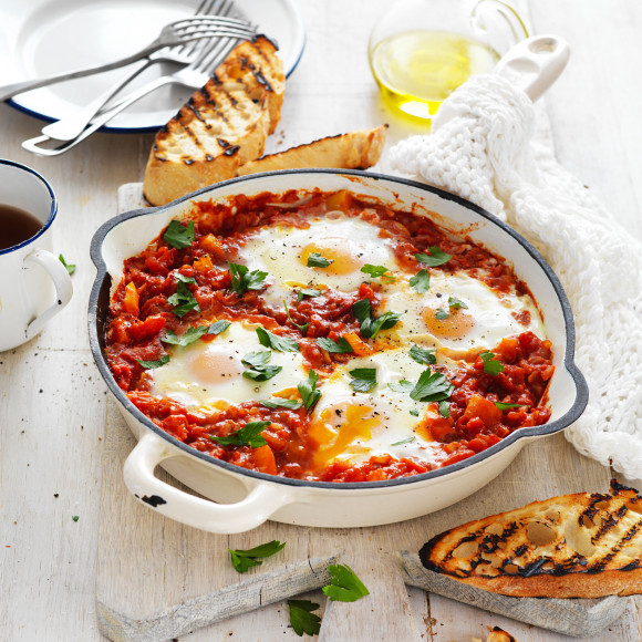 Tomato and Capsicum Pan Eggs