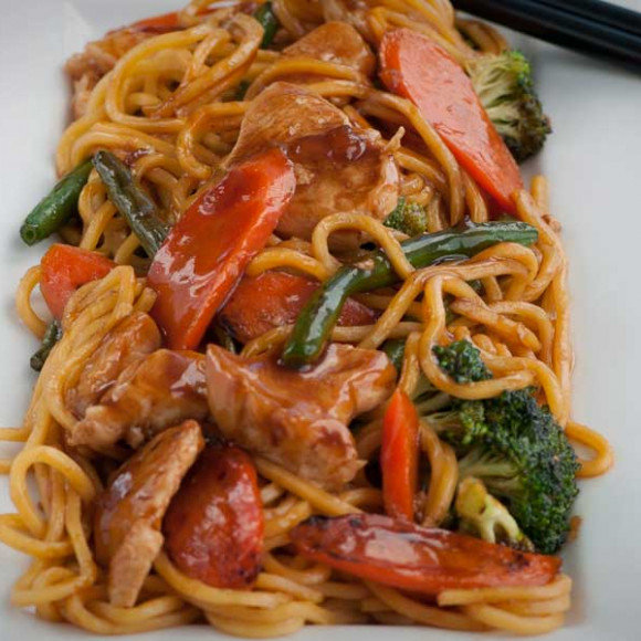Chicken And Honey Soy Noodles