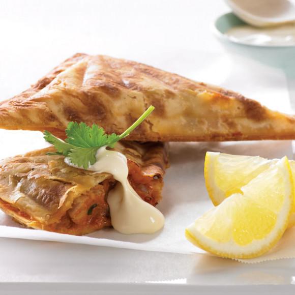 Butter Chicken Jaffle recipe idea using a Breville Jaffle Maker