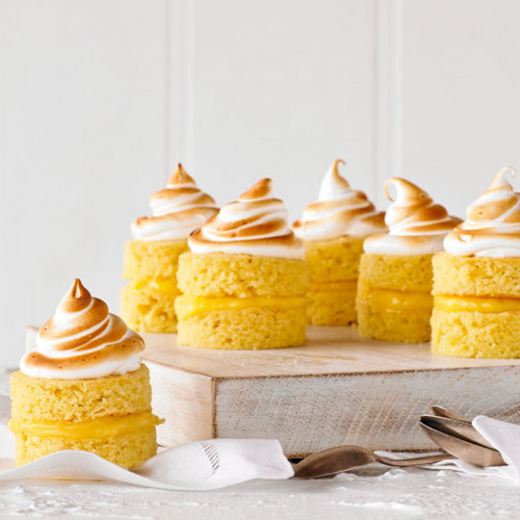 Little Lemon Meringue Cakes Recipe
