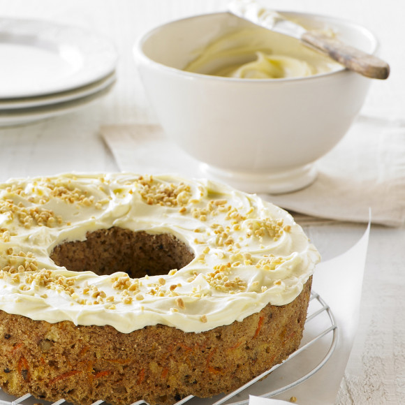 Carrot Cake With Pineapple And Walnut Cream Cheese Frosting