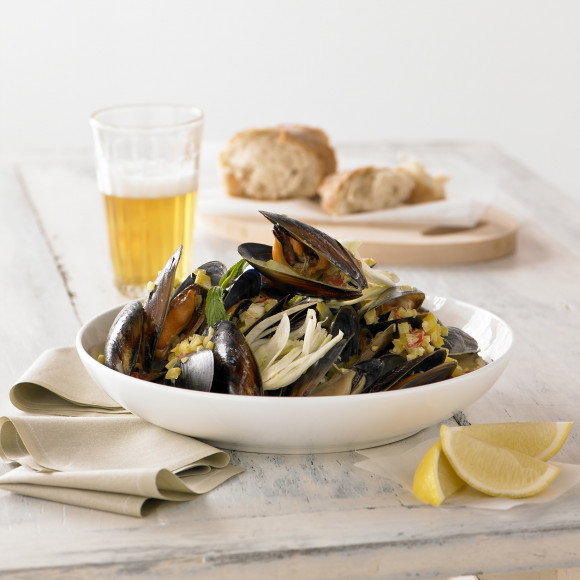 Mussels With Fennel And Creamy White Wine Sauce