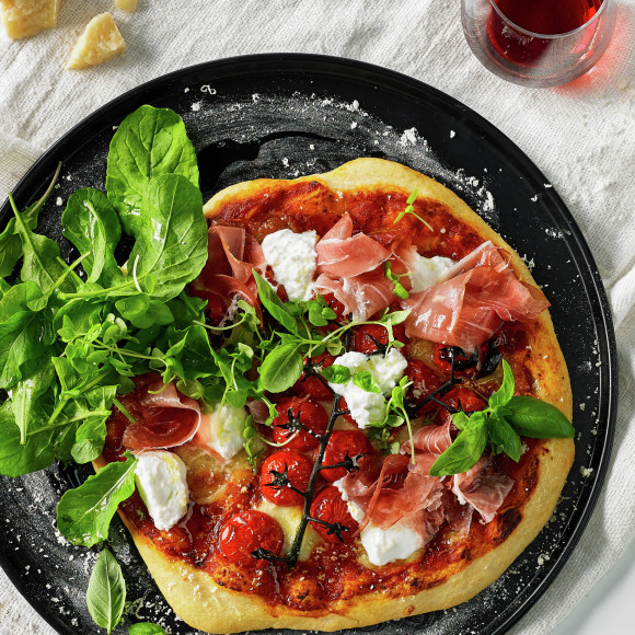 Goats Cheese and Proscuitto Pizza