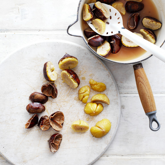 How to Boiled Chestnuts in preparation for cooking