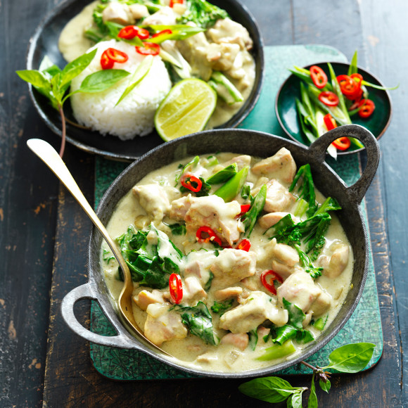 Green Thai Chicken Curry With Asian Greens Recipe Myfoodbook Easy Thai Green Curry
