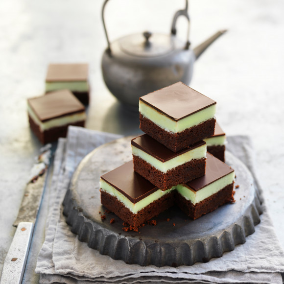 Choc-mint brownie slice recipe