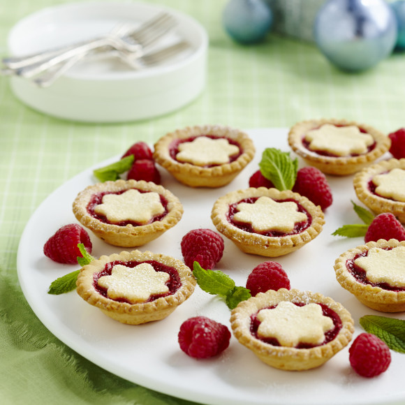 Easy Raspberry Christmas Tarts