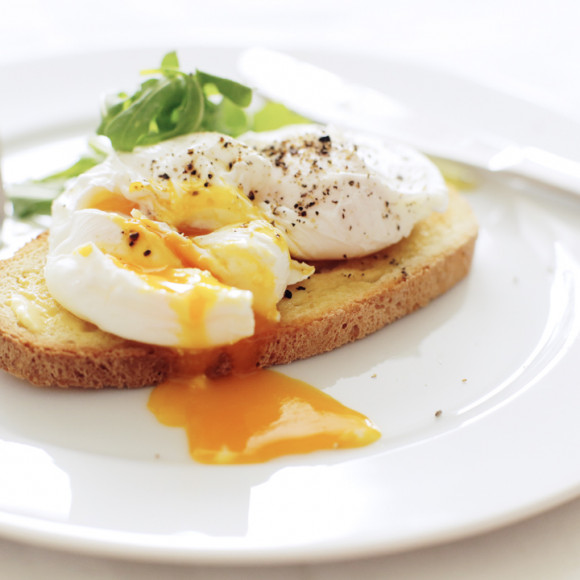 Recipes Using Eggs As Main Ingredient: Perfectly Poached Eggs Recipe