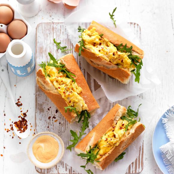 Spicy Scrambled Egg Breakfast Rolls