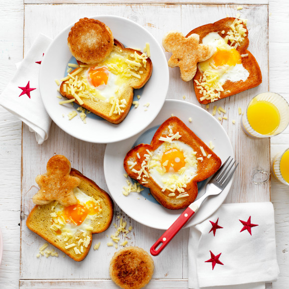 Fun Brekky Eggs in Toast