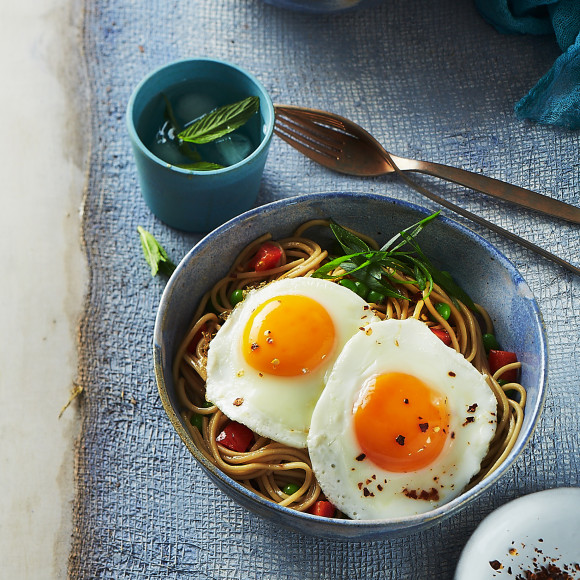 ramen noodles with fried eggs recipe  myfoodbook  how to