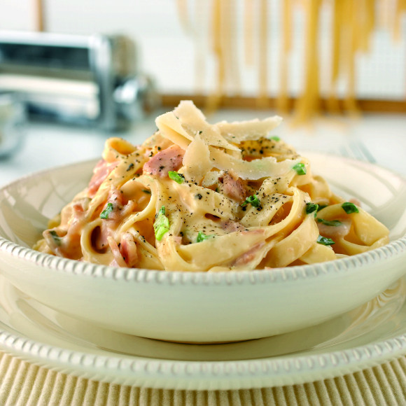 Fettuccine Alla Carbonara Recipe Myfoodbook Kitchenaid Pasta