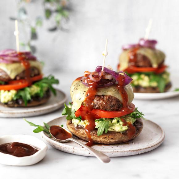 Low carb Keto Cheeseburger with Mushroom Bun