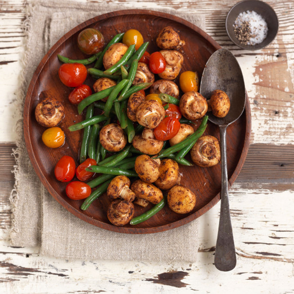 Saute Button Mushrooms and Green Beans