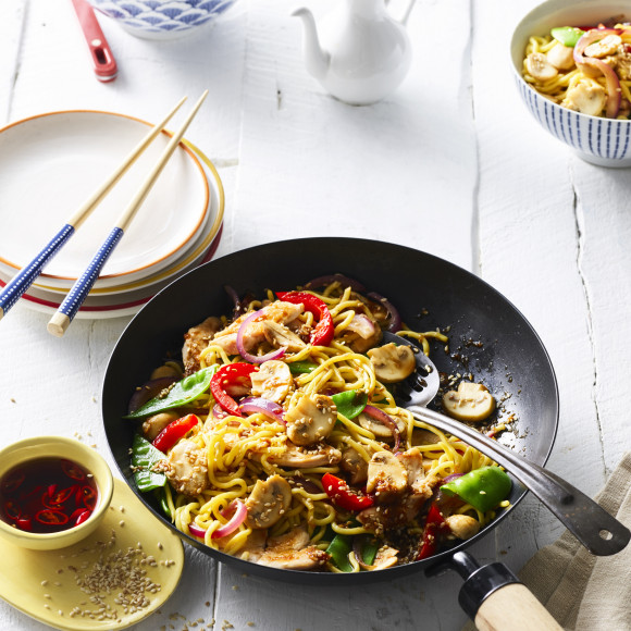 Honey And Soy Chicken Stir Fry With Mushrooms And Hokkien Noodles