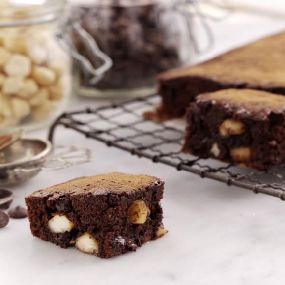 Roasted Macadamia Brownies