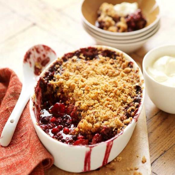 Berry & Apple Brown Sugar Crumble Recipe | myfoodbook ...