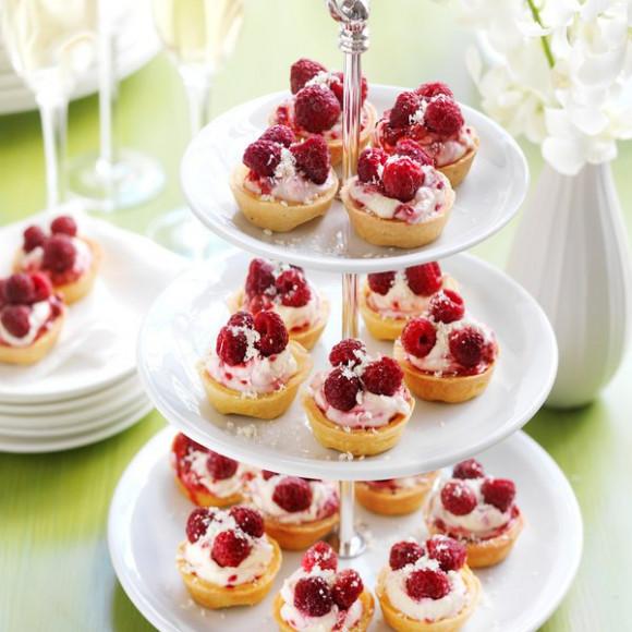 Raspberry & Mascarpone Cream Tarts
