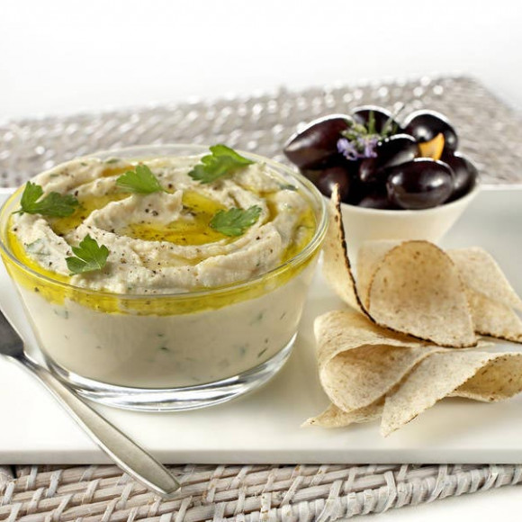 Creamy Ricotta and White Bean Dip