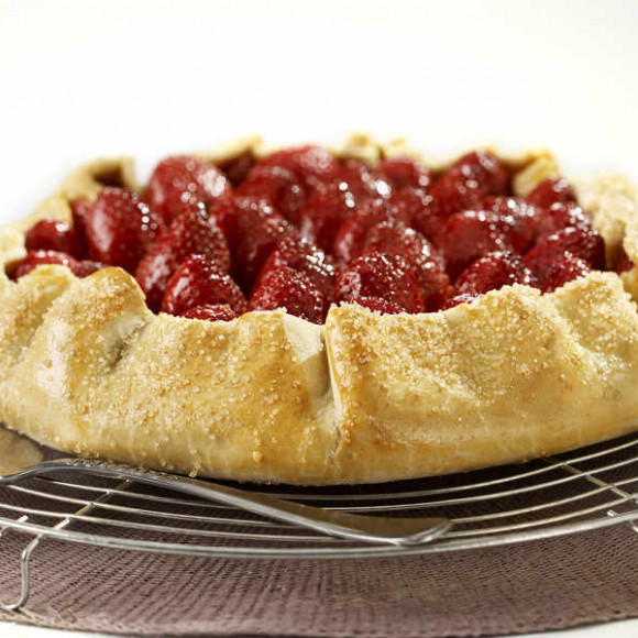 Roasted Strawberry and Ricotta Tart Recipe | myfoodbook | Make a ...