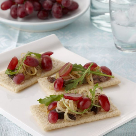 Grapes Pate Crispbreads