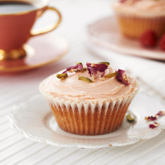 Western Sweet Dishes Recipes: Raspberry And Rose Cupcakes Recipe