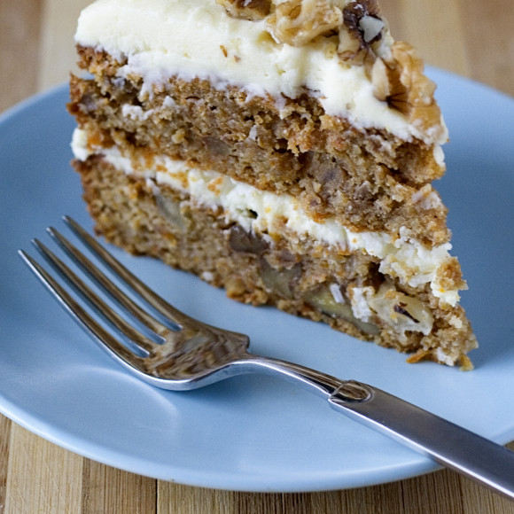 Carrot Cake with Mascarpone Frosting Recipe | myfoodbook