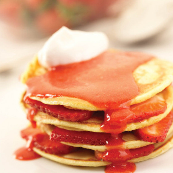 Pancakes with Strawberry Sauce Recipe | myfoodbook