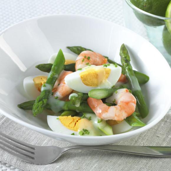 Egg, prawn and asparagus salad