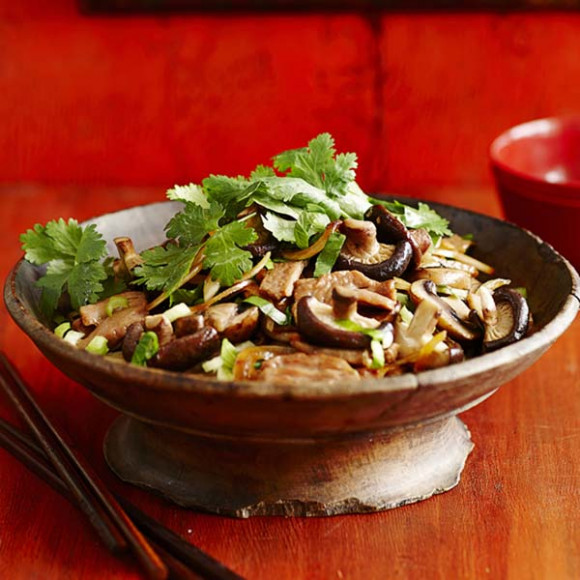 Sweet Chilli Pork & Mushroom Stir Fry Recipe | myfoodbook